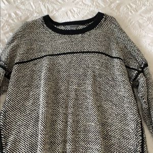 Vince. Sweater